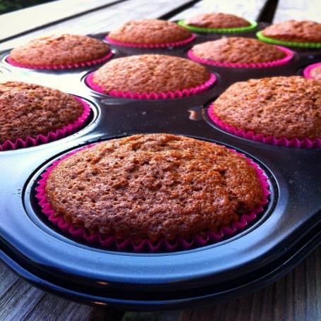 Dutch Apple Honey Muffins